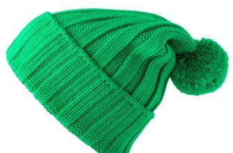 Зеленая тепленькая шапка. Загадки про головной убор.